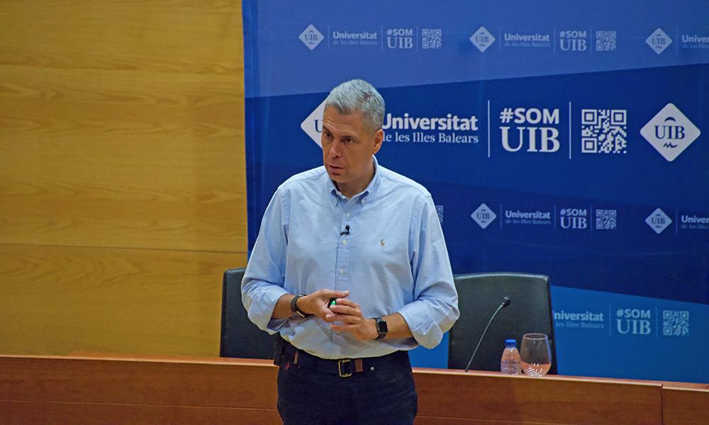 Enrique Dans imparte una Master Class sobre Transformación Digital en la UIB